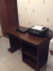 Продам письменный стол б.у.