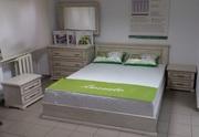 Продам нове дубове ліжко,  комод,  дзеркало і 2 тумби  (білий+золото)